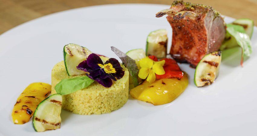 lamsrack marokkaans gekruid, heerlijk en uniek recept - bbquality