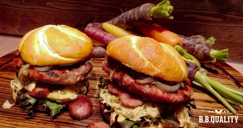 Winterburger recept Red pork burger ambachtelijke rookworst winterburger | BBQuality